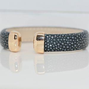 Elegant Leather And black Topaz Bracelet